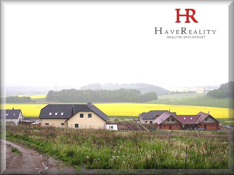 Pozemek k prodeji o výměře 6.872 m2 v obci Pyšely - Zaječice