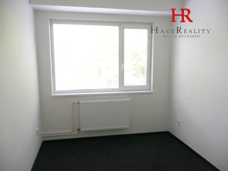 Pronájem kancelářského prostoru o rozloze 11 m2, Praha 5...