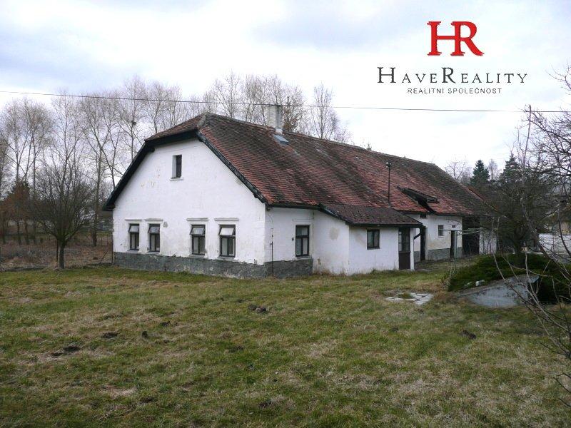 Prodej domu se stodolou a pozemkem 7.521 m2, Skuhrov -...