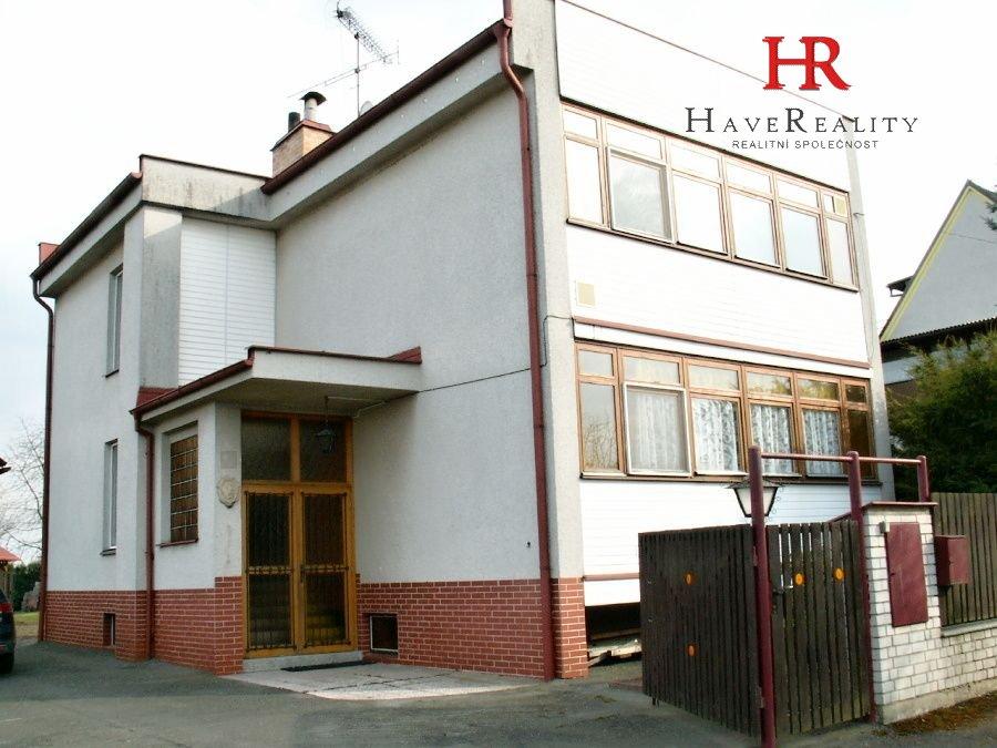 Nabízíme RD 4+1/L/G, 253 m2, pozemek 1.194 m2, Psáře, okr....