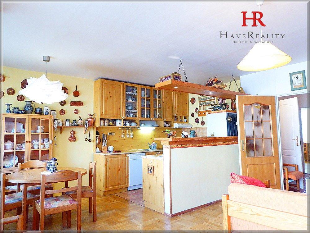 Prodej bytu 4kk, 86 m2, lodžie, panel, OV, Vlašimská, Benešov