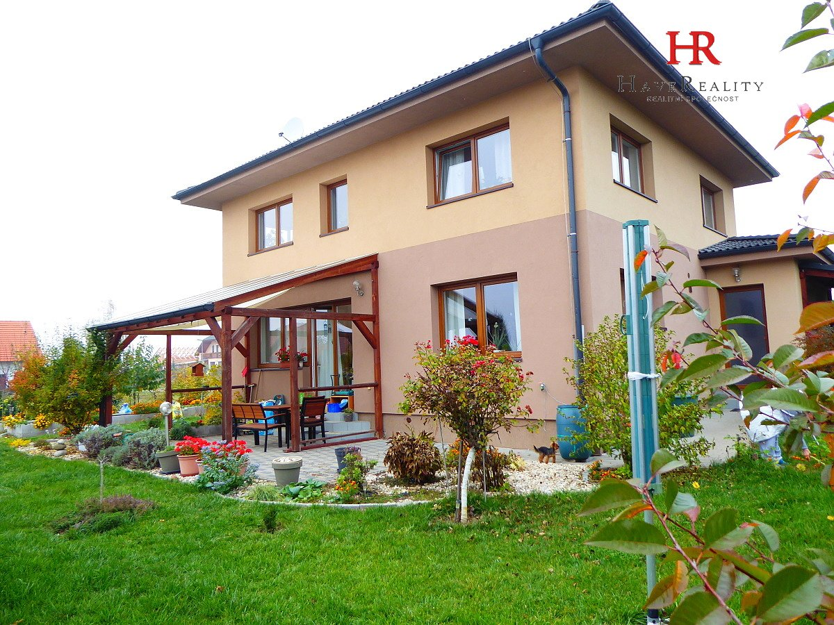 Nabízíme velmi pěkný RD 5+kk/G/T, 157 m2, Libeň, Libeř, okr. Praha-západ